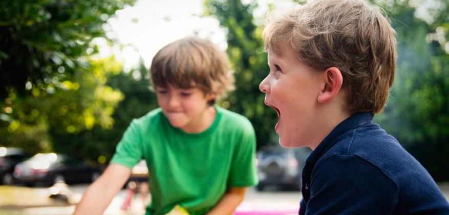 karoga glābšana - aktīva rotaļa bērniem